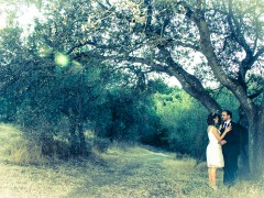 Fotos de boda, Rafa y Carú. Fotógrafa: Lourdes Martín Montilla. Martinmontilla photography. Novios en el bosque. Las Matas